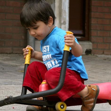 Iedereen kan meedoenBij Circusschool HannesVanaf 4 jaarMeer weten? »