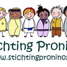 Rij met naam en webnaam proninos